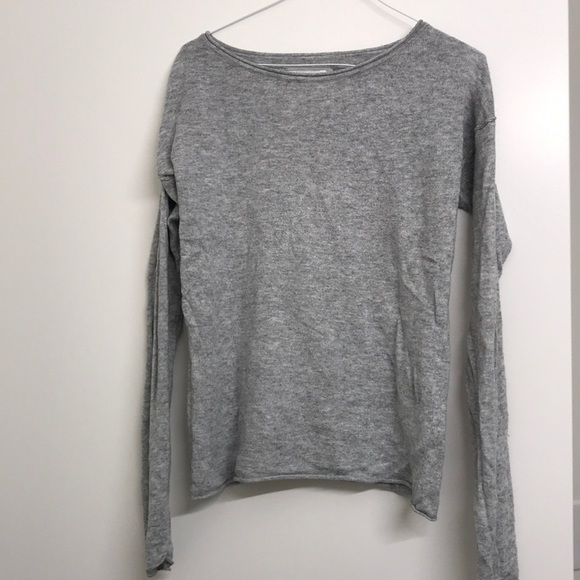 H&M Sweaters - H&M gray sweater